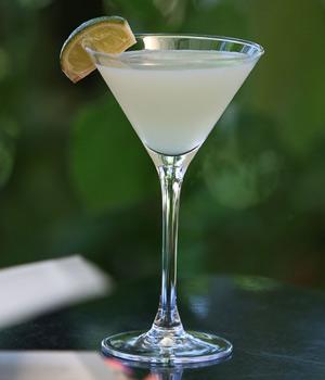 得其利(The Daiquiri)基酒:朗姆酒,辅料:柠檬汁