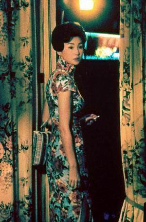 看过《花样年华》的观众一定对于不停变换旗袍样式的张曼玉印象深刻。