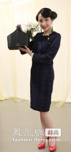 汤灿获迪奥(Dior)邀请,参加品牌活动。