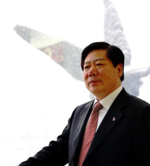 庞大汽贸集团董事长庞庆华