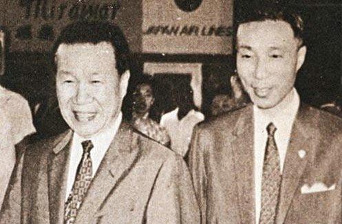 邵逸夫1926年随三哥邵仁枚(左)到南洋开拓电影事业,后邵氏兄弟公司