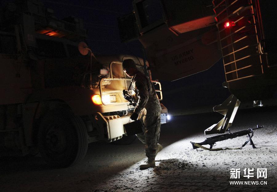 最后一批美国军队撤出伊拉克【图】