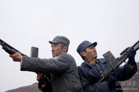 李云龙、楚云飞并肩作战-新 亮剑 上演火线狙击 黄志忠果静林视帝对决