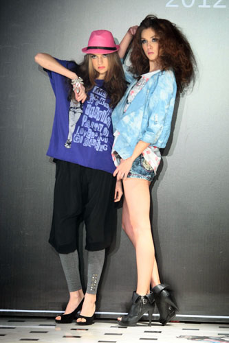 春夏/香港著名时装品牌bauhaus携旗下众品牌于外滩之畔的兰会所以...