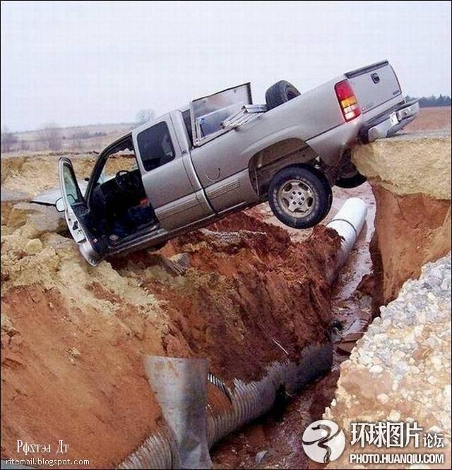 绝对令人瞠目的车祸现场(组图)