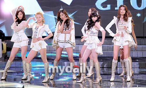 少女时代连续三年当选韩国年度最佳歌手