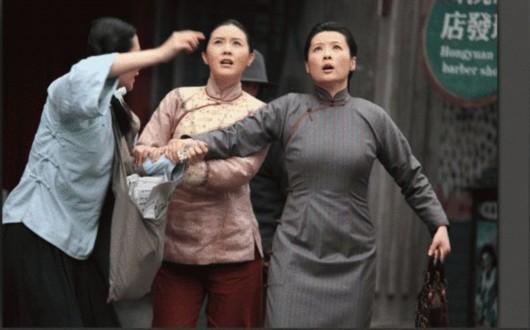 和朋友妈妈激情视频_蒋林珊激情演绎《母亲母亲》剧情扣人心弦(图)