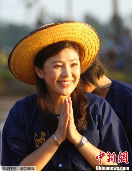 泰国民调机构给总理英拉及其内阁打出高评分