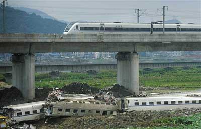 7月25日,事故现场已经恢复通车。本报资料图片 李强 摄