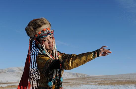阿筎那蒙古造型图片