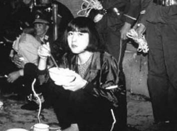 陆金凤刑前照片_揭秘近30年被处决的十名美女死刑犯(组图)-搜狐滚动