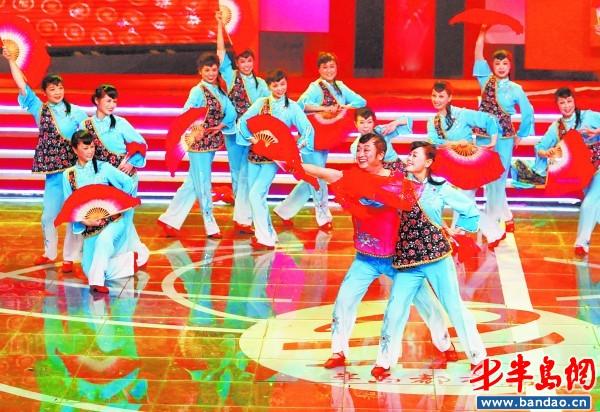 2011年12月31日下午,半島都市報草根春晚在青島電視臺1號演播大廳隆重圖片
