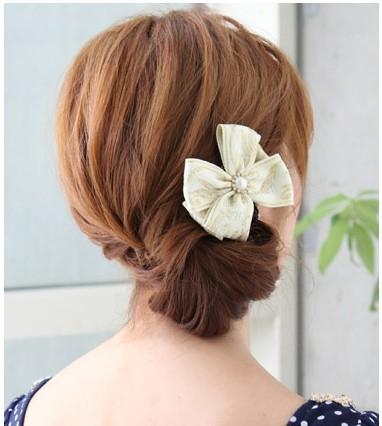 端庄又甜美 搭配小礼服的绝佳发型(组图)图片