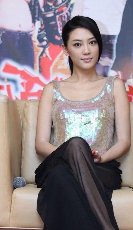 白色小礼服裙_袁立柳岩领衔2011女星透视事件(组图)-搜狐滚动