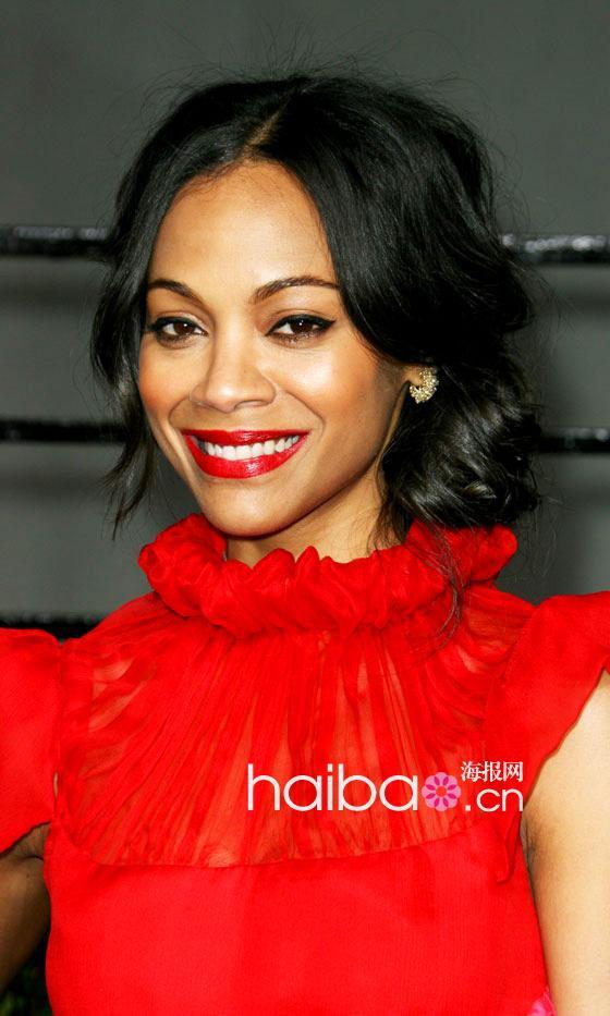 海报编编盘点一下2011年度欧美女明星们的各种色系红唇妆,从橘红,正红