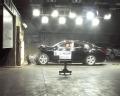 [碰撞视频]2011款丰田锐志 正面碰撞视频