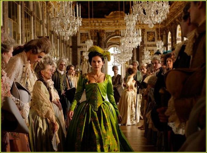 欧洲一级电影_高清:柏林电影节公布开幕片《再见我的皇后》剧照(组图)