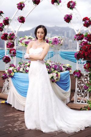 杨幂的婚纱照相册_婚纱照相册制作排版-杨幂和刘恺威结婚照 巴厘岛浪漫婚礼