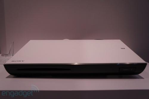 索尼发布两款全新Google TV的相关产品