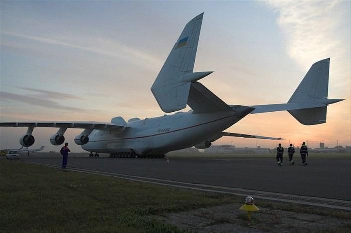 高清大图:世界最大飞机的驾驶舱