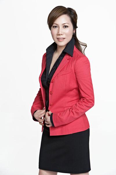 巨日鞋业有限公司总经理  孙莲丽