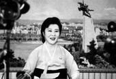 朝鲜中央电视台新主播亮相 系年轻女主播(组图)
