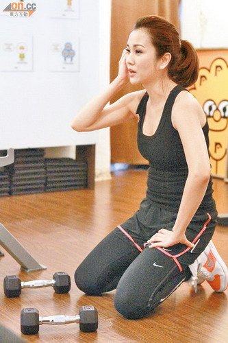 谢安琪拟300万赎身出走 为明日演唱会专心排练(图)