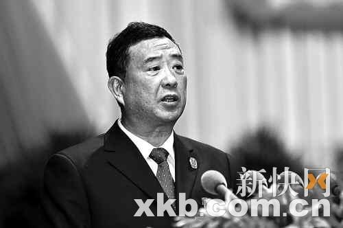 省高院院长郑鄂表示,广东正逐步推动裁判文书上网公布