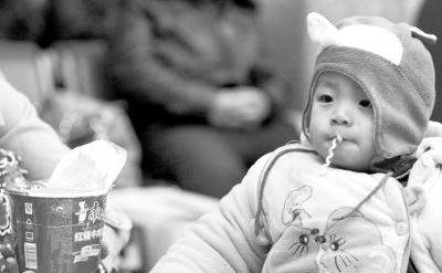 春运中的孩子留守还是流动:该把孩子放在哪儿?