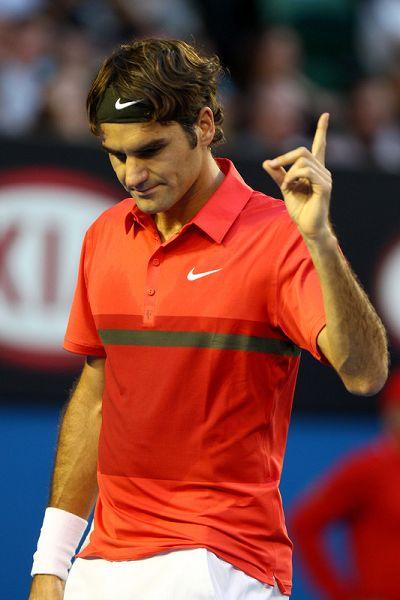 费德勒竖起食指