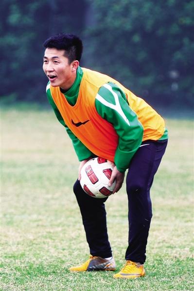 这几天,闫相闯训练很认真。他表示无论在哪支队都会好好踢。图/CFP