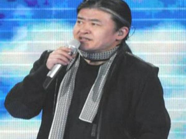 龙年春晚刘欢献唱 歌曲《大爱》