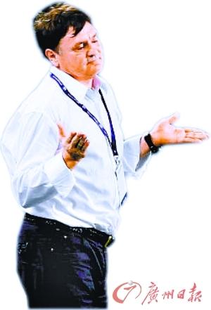 国足主教练卡马乔_卡马乔讲课冈田没出现蒂加纳倒给面子(组图)-搜狐滚动