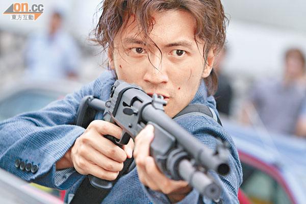 谢霆锋全力拍《逆战》,用汗水换取观众的赞赏