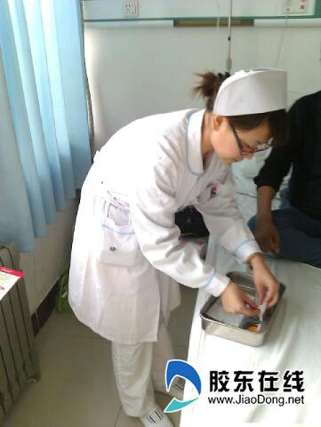 春市护士_最美护士不爱男友爱病号 走近春节坚守岗位的人(组图)