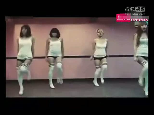 超短裙美女热舞 ― 人人小站