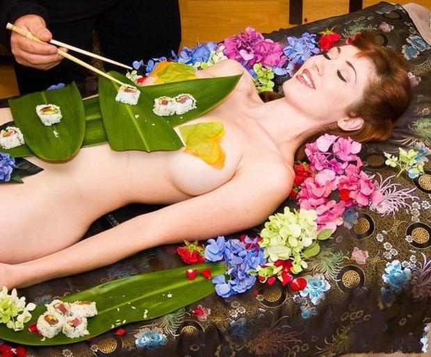 围观日本最贵人体寿司宴:一顿超100万