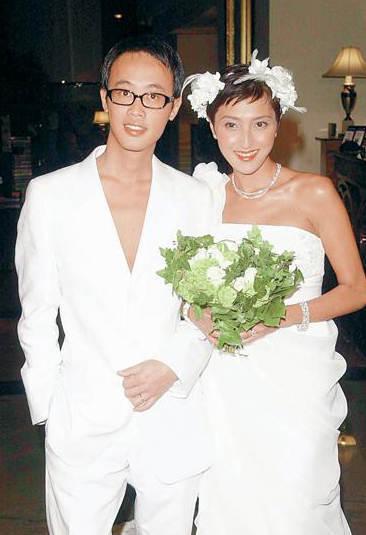 上山诗纳也曾有过婚姻