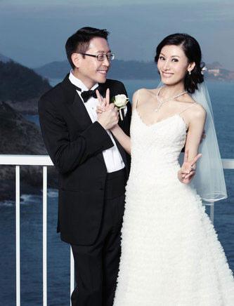 何超琼俞琤断背情曝光 揭娱乐圈复杂同性关系