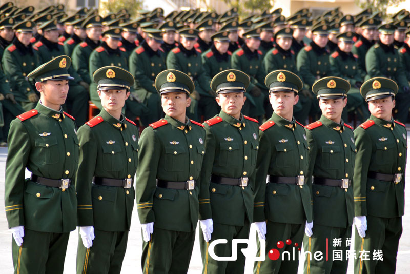 肏2_南京1300名武警新兵会操\