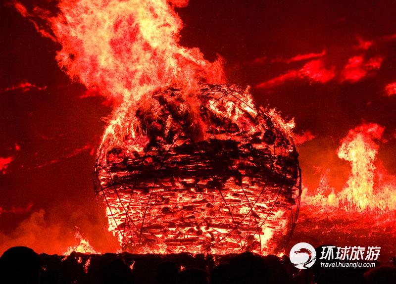 野火_正月十五韩国济州野火节 放火烧山祈丰收(组图)