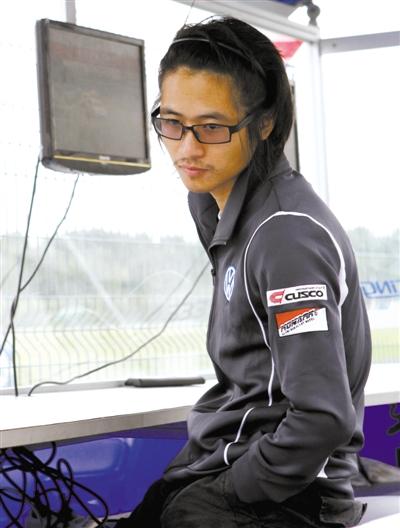 2011年10月3日,上海,韩寒出战2011CTCC中国房车锦标赛。