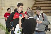 图文:跳水大奖赛德国站次日 菲克接受采访