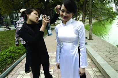 她只想找个疼人的中国性感嫁(图)男人最世上的女子图片