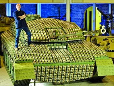 矿泉水瓶手工制作车_易拉罐手工制作坦克图片