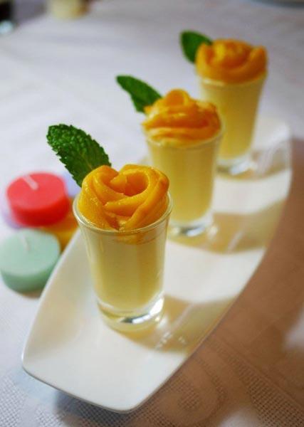 搭配甜点:Mango White Chocolate Mousse 芒果白巧克力慕斯