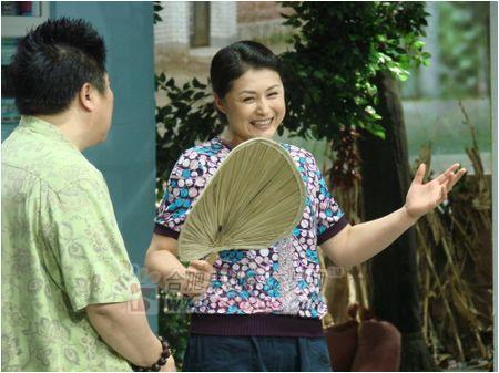 謝大腳,鄉村愛情故事中僅次于王小蒙的女二號,但是受關注程度與圖片