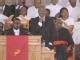 视频:惠特尼葬礼举行 挚友福音歌手BB怀恩斯演唱