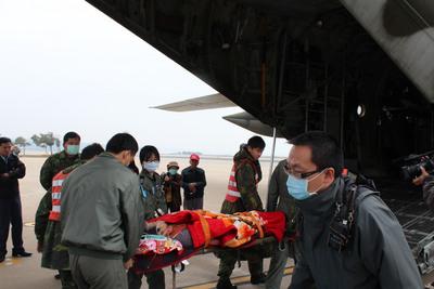 """台湾空军C-130运输机是台军主力运输机。台湾""""今日新闻网"""""""