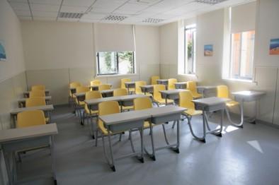 图为飞越培训宽敞的小班教室之一图片